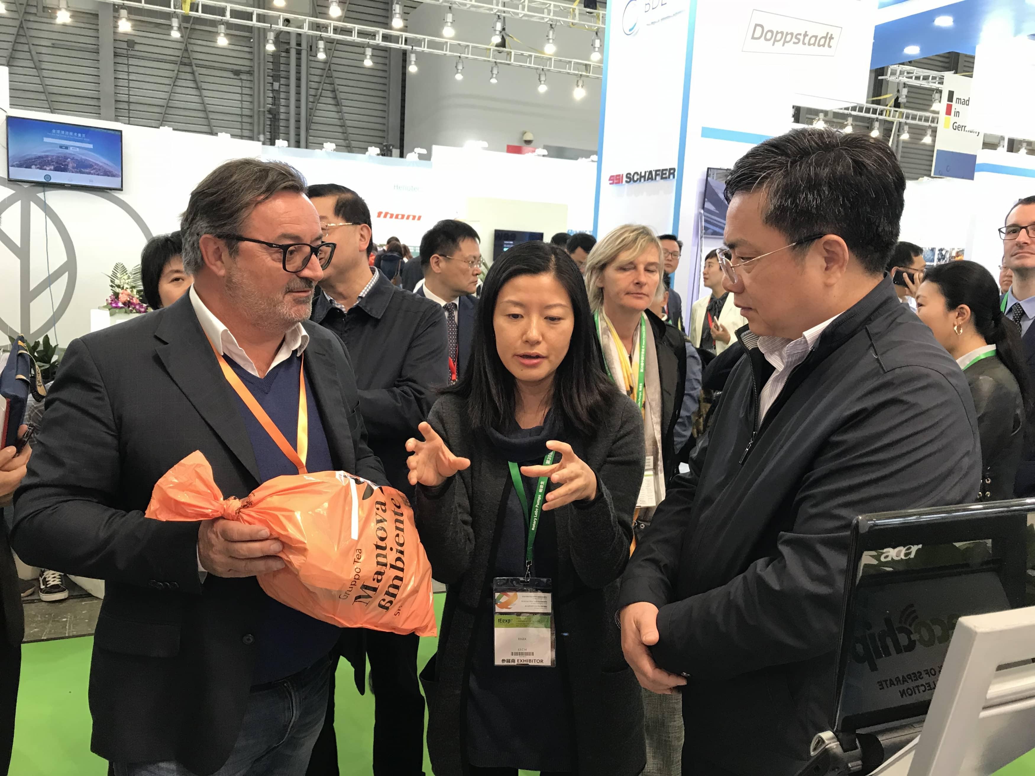 Incontro tra Plastisac e rappresentanti aziende a IE China Expo