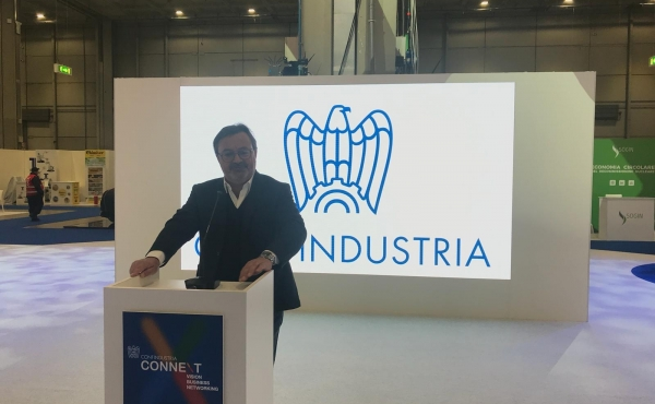 Mauro Bergamaschi durante uno speech a Connext