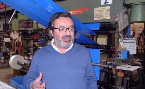Mauro Bergamaschi parla del brevetto della mantellina per cani